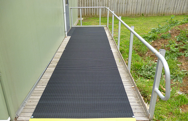 Cross Grip Rubber Mat